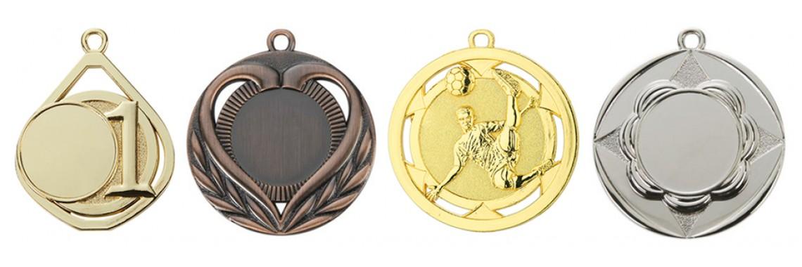 Medalii si cutii